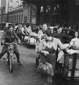 October 1938: Czech refugees from the Sudetenland. Photo: Wikipedia